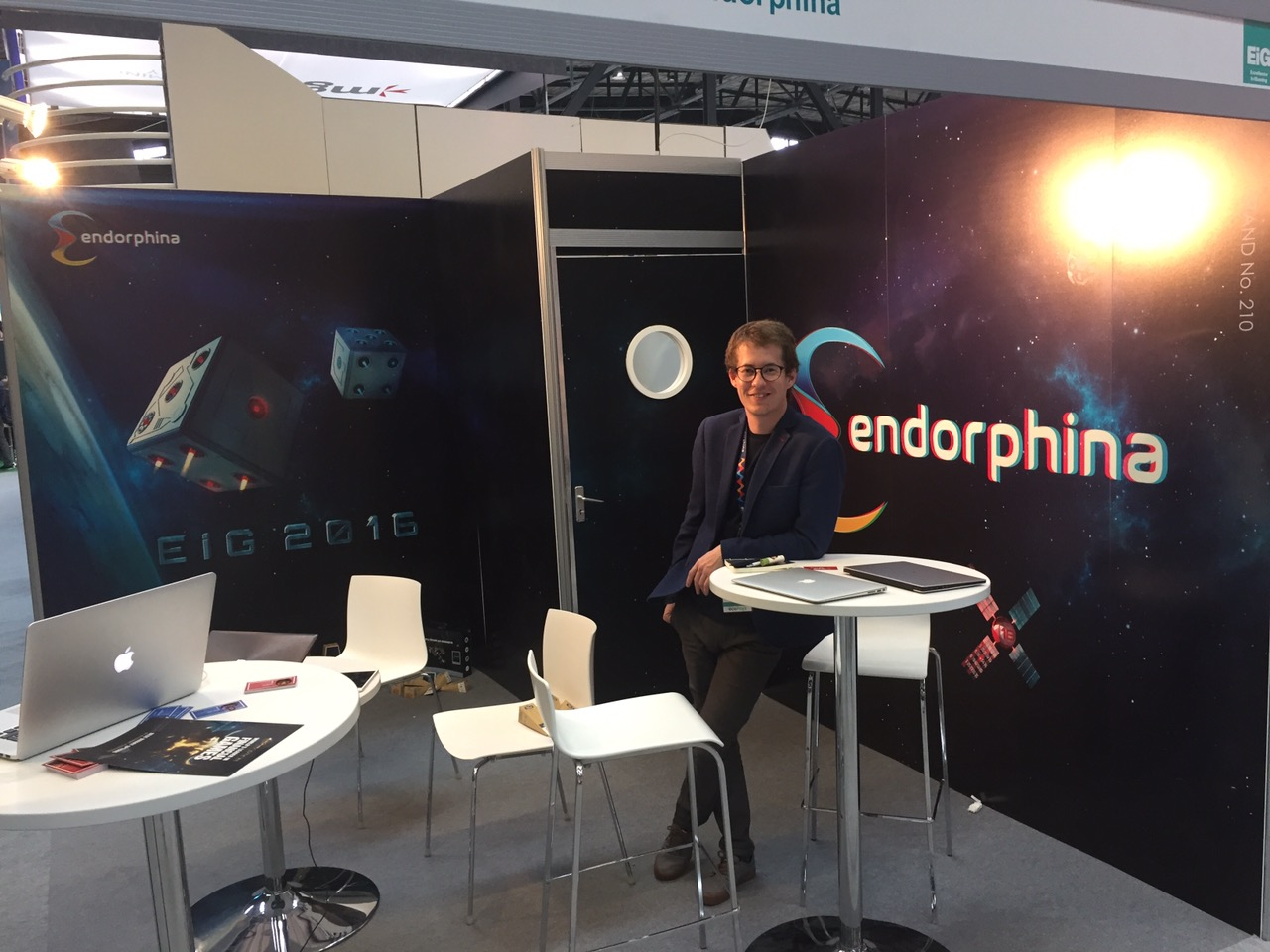 Photo report from EiG 2016 - space food, microbar and spectacular presentations 2