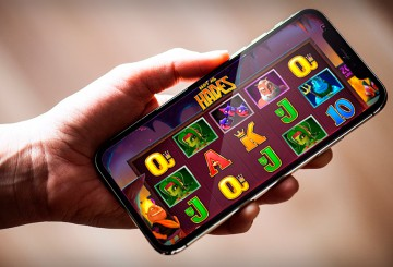 Why You Need the Mobile Version of Online Casino?